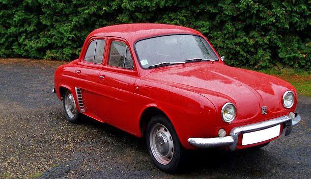 renault dauphine rouge  une voiture de collection propos u00e9e