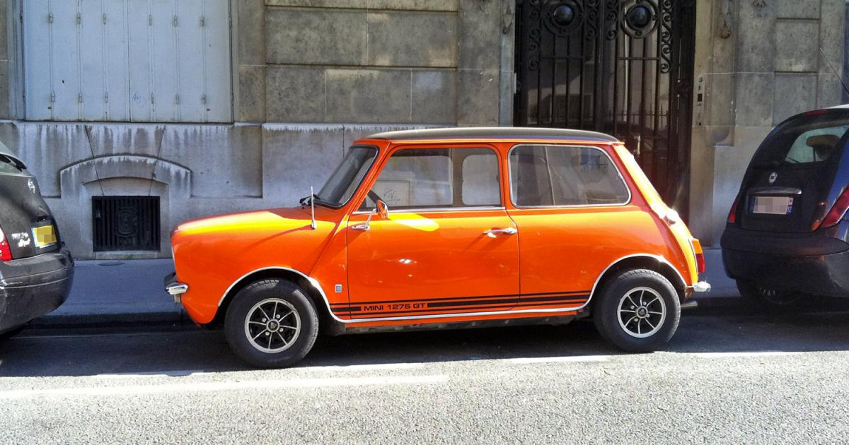 mini 1275 gt orange une voiture de collection propos e par christophe d. Black Bedroom Furniture Sets. Home Design Ideas