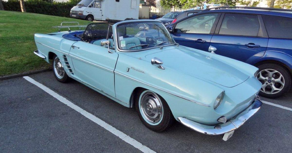 renault floride bleue ciel une voiture de collection propos e par jean claude l. Black Bedroom Furniture Sets. Home Design Ideas