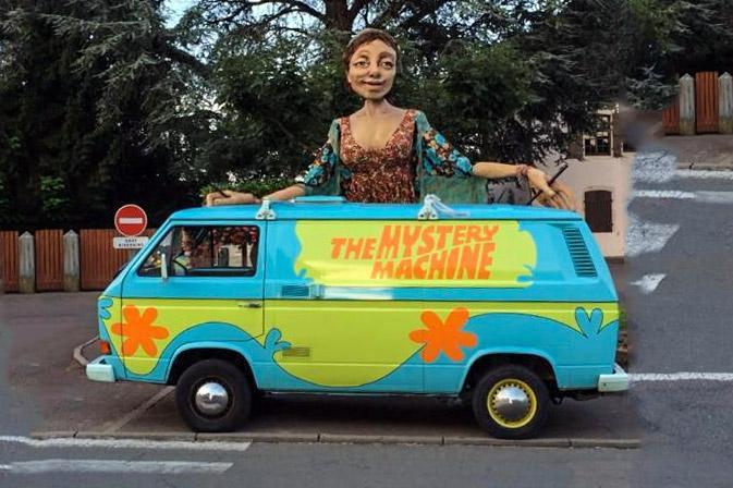 Vw transporter the mystery machine une voiture de collection propos e par cl ment c - Voiture de scooby doo ...