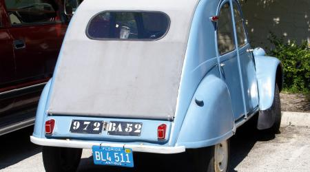 Voiture de collection « Citroën 2CV en Floride ! »
