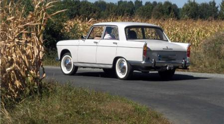 Voiture de collection « Peugeot 404 Berline »