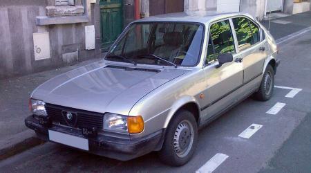 Alfa Roméo Alfasud 1,3l Série 2 vue de 3/4 avant gauche