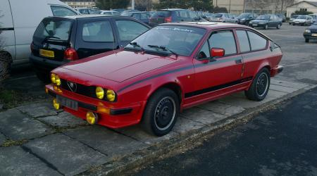 Voiture de collection « Alfa Roméo GTV Grand Prix 2.0 »