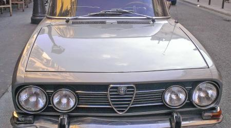 Voiture de collection « Alfa Roméo 1750 »