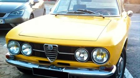 Voiture de collection « Alfa Roméo Giulia GT »
