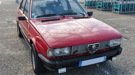 Voiture de collection « Alfa Roméo Giulietta »