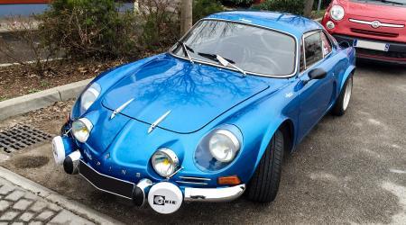 Voiture de collection « Berlinette Alpine A110 »