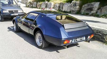 Voiture de collection « Alpine A310 »