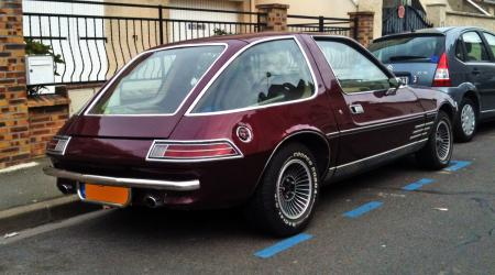 Voiture de collection « AMC Pacer »