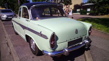 Voiture de collection « Simca Aronde P60 Montlhéry »