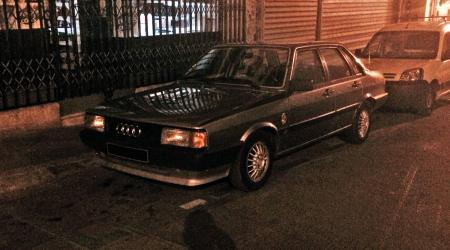 Voiture de collection « Audi 80 SC »