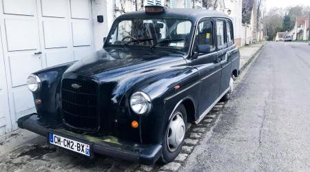 Voiture de collection « Austin FX4 »