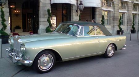 Bentley S3 Continental vue de côté