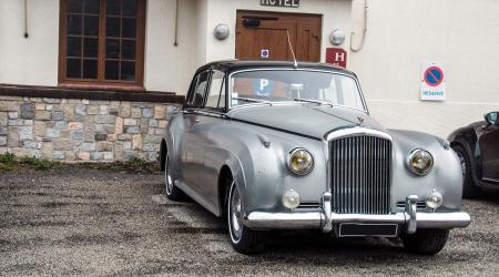 Voiture de collection « Bentley S2 »
