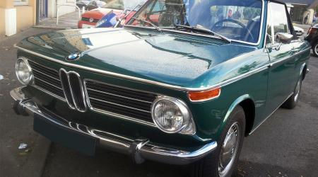 Voiture de collection « BMW 2002 Cabriolet »