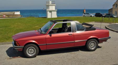 Voiture de collection « BMW 323i Baur (E21) »