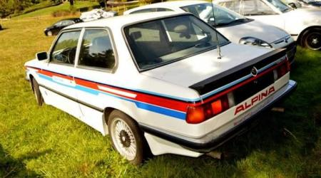 Voiture de collection « BMW 323i Alpina »