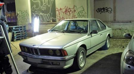 Voiture de collection « BMW 635 CSI »