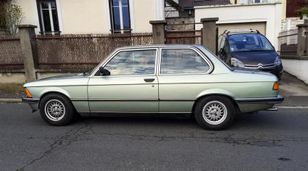 Voiture de collection « BMW Série 3 E21 »