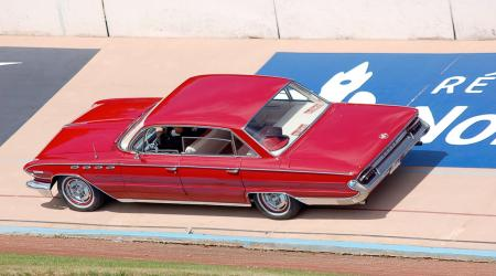 Voiture de collection « Buick Electra »