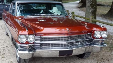 Voiture de collection « Cadillac Coupé De Ville »
