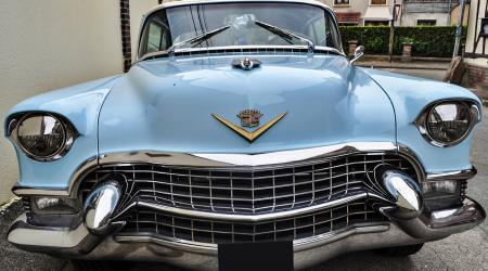 Voiture de collection « Cadillac Serie 62 »