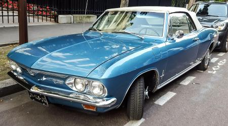 Voiture de collection « Chevrolet Corvair Cabriolet »