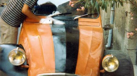 Voiture de collection « Citroën 2cv Baba Cool »