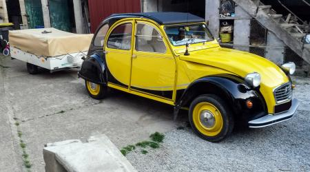 Voiture de collection « Citroën 2CV Charleston »