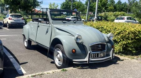 Voiture de collection « Citroën 2CV Hoffmann »