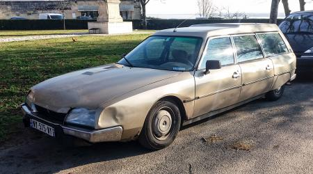 Voiture de collection « Citroën CX 2500 D Super Break »