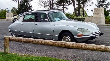 Voiture de collection « Citroën DS 23 découvrable »