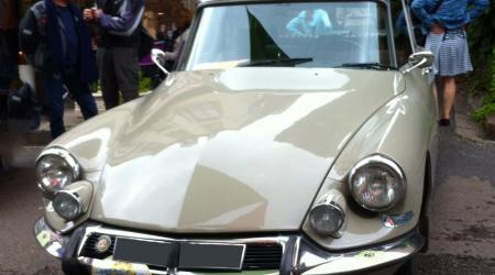 Voiture de collection « Citroën DS »