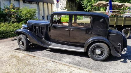 Voiture de collection « Citroën Rosalie »