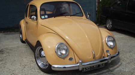 Voiture de collection « Coccinelle »