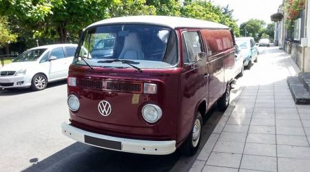 Voiture de collection « Combi VW Tolé »