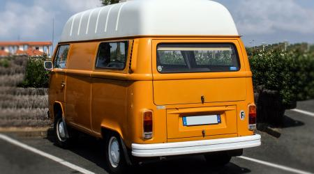 Voiture de collection « Volkswagen Combi T2B Bulbeux »