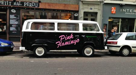 Voiture de collection « Combi T2B Volkswagen Pink Flamingo »
