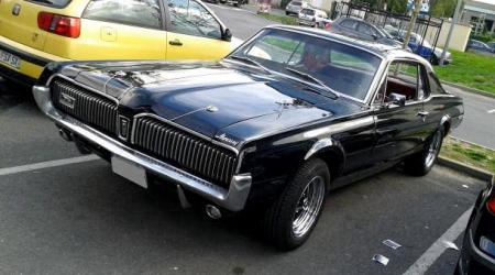 Voiture de collection « Mercury Cougar »
