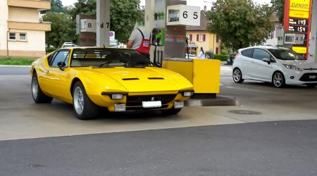 Voiture de collection « De Tomaso Pantera »