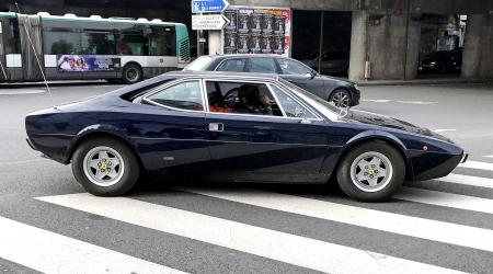 Voiture de collection « Ferrari 308 GT4 »