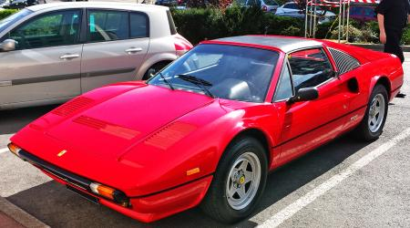 Voiture de collection « Ferrari 328 »