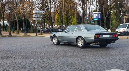 Voiture de collection « Ferrari 412 »