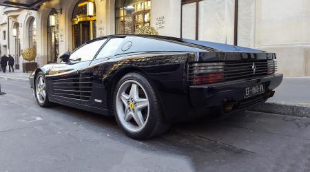 Voiture de collection « Ferrari 512 Testarossa »