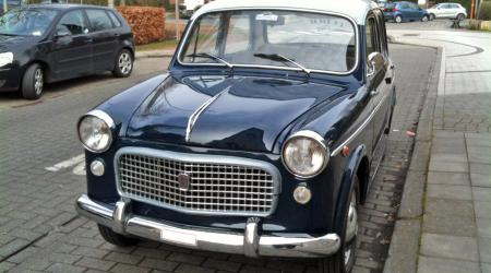 Voiture de collection « Fiat 1100/103 »