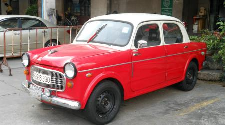 Voiture de collection « Fiat 1100 à Bangkok »