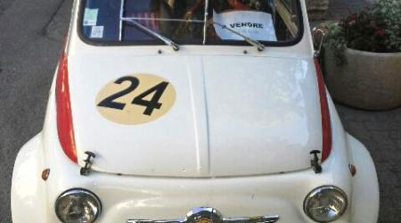 Voiture de collection « Fiat 500 ABARTH »