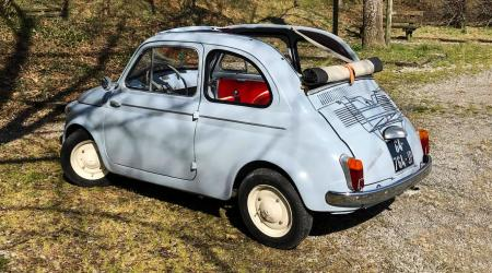 Voiture de collection « Fiat 500 D »
