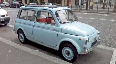 Voiture de collection « Fiat 500 Giardiniera »